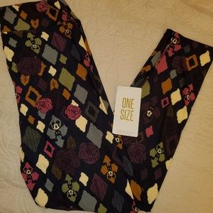 NWT OS DISNEY LULAROE LEGGINGS MICKEY MOUSE/ROSES